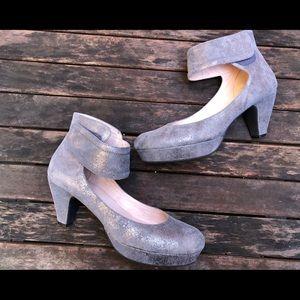 Sacha London Vera Glitter Platform Heel Pumps shoe